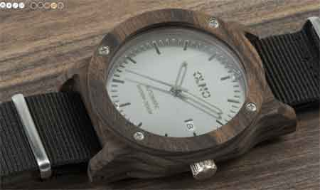 Orologio in legno OLMO by Lowell